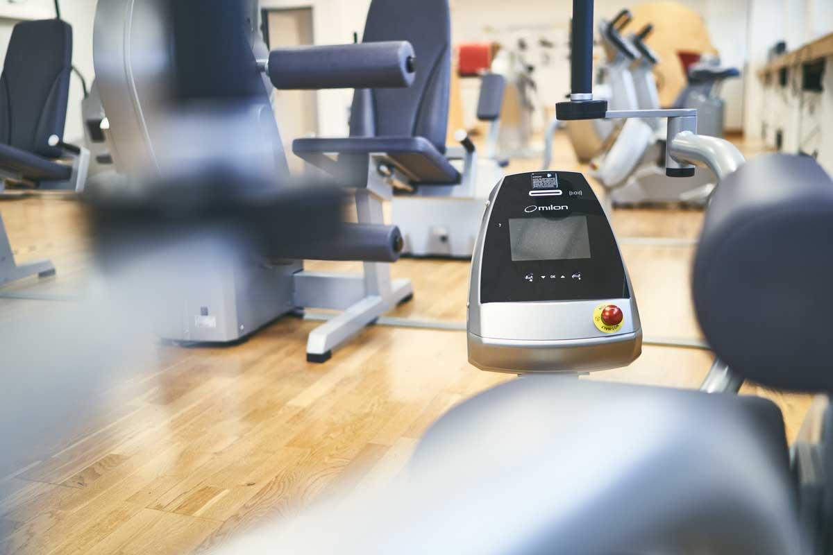 Fitnessgeräte im Fitnesstudio